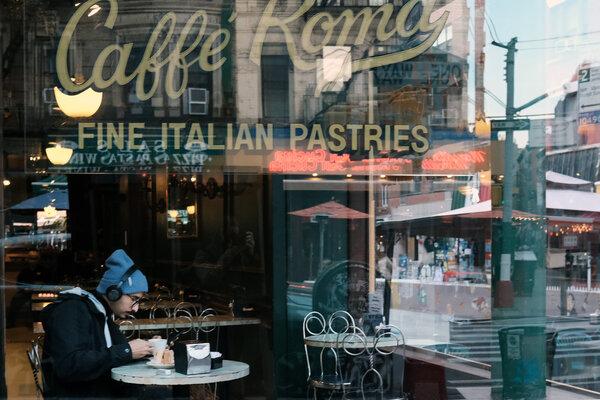 On Friday, Gov. Andrew M. Cuomo of New York ordered a halt to indoor dining in New York City starting on Monday, saying that the ban was necessary to curb the surging outbreak.