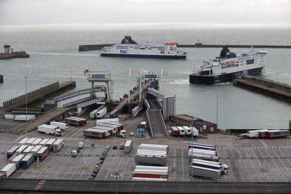 Ferries at the Port of Dover in England on Saturday morning.About 1,600 vehicles remained in the traffic jam while at least 8,000 had crossed the English Channel via the Eurotunnel since Wednesday.