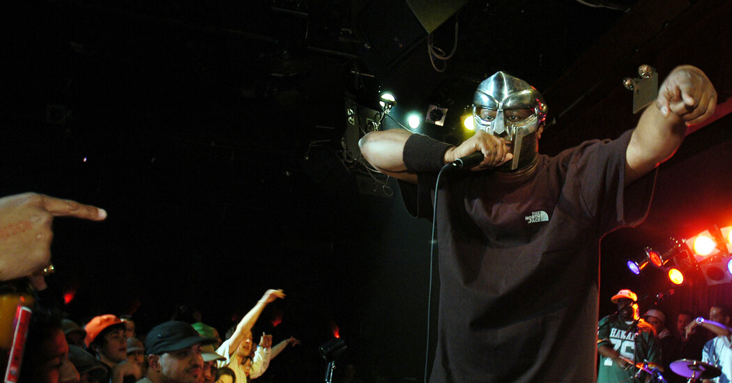 MF Doom, Masked Rapper With Intricate Rhymes, Is Dead at 49