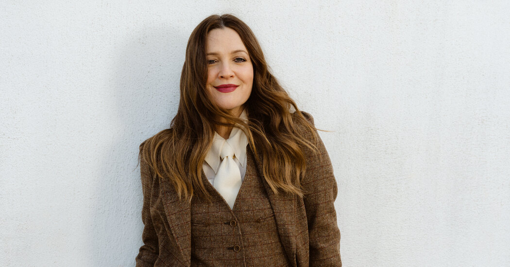 She Once Flashed David Letterman. Now Drew Barrymore Has Her Own Talk Show.