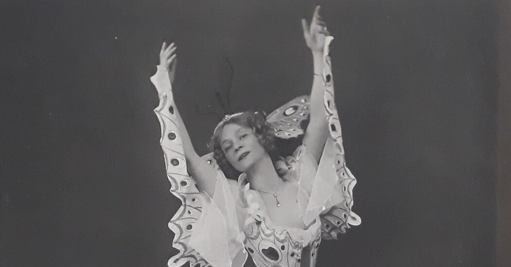 The Royal Academy of Dance: From Music Hall to Ballet Royalty