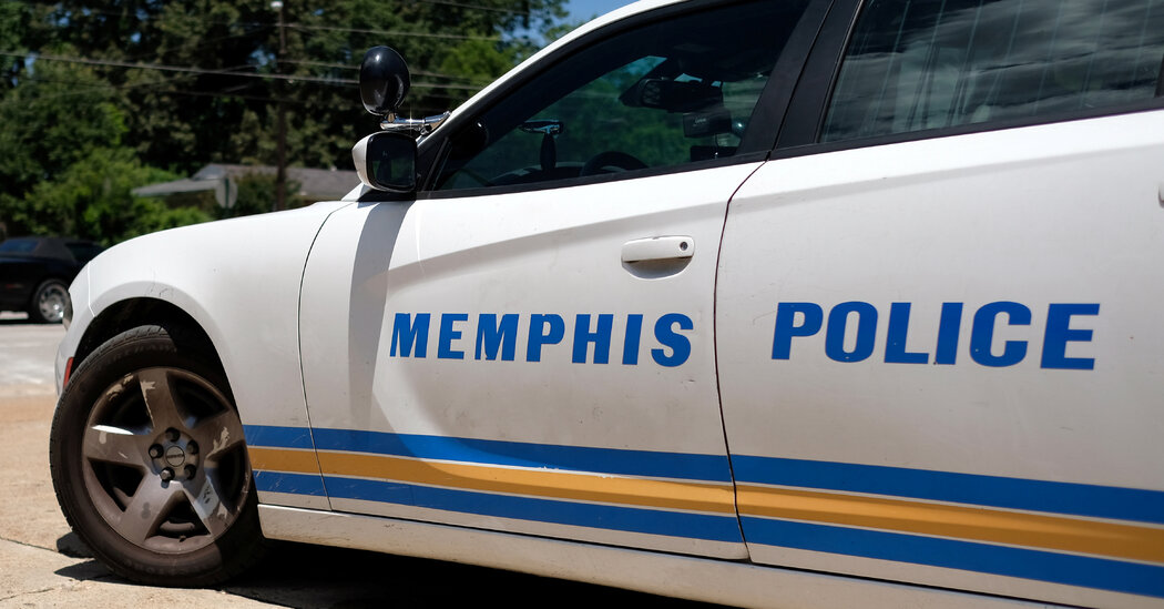 Memphis Police Officer Is Charged With Kidnapping and Murder