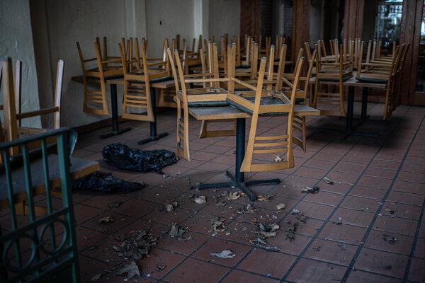 A closed restaurant in Santa Barbara, Calif.