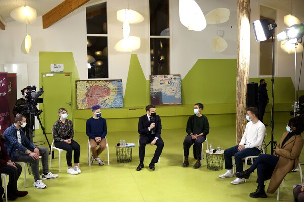 President Emmanuel Macron of France met with students at theUniversityofParis-Saclay on Thursday. Students are frustrated with restrictions on in-person classes.