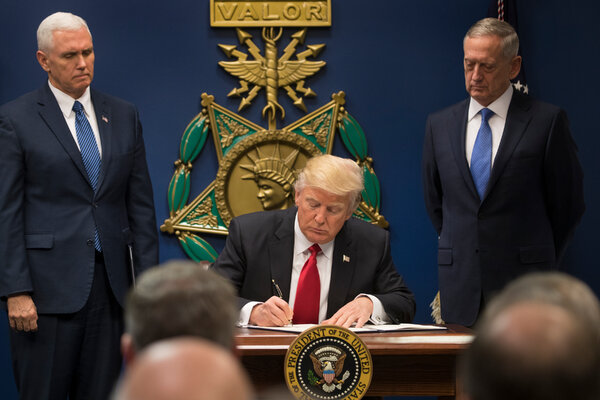 Mr. Trump signing the executive order in 2017.