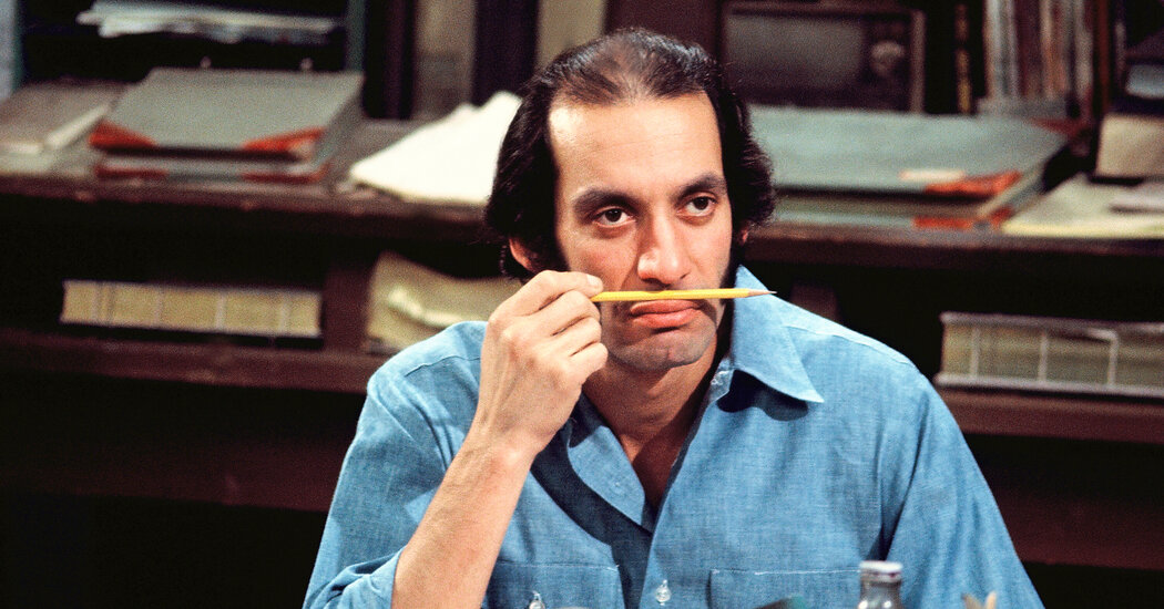 Gregory Sierra, Actor Known for His Sitcom Work, Dies at 83
