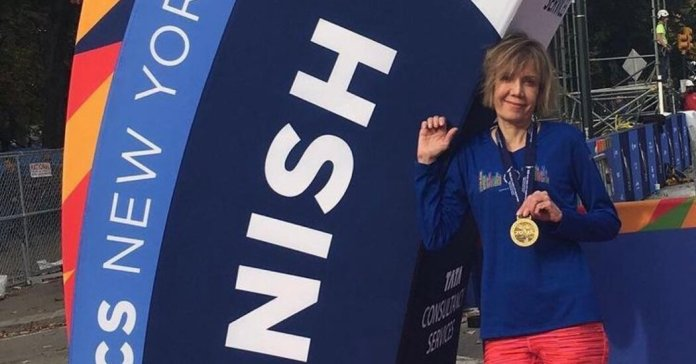 Liesbeth Stoeffler, 61, Runner Kept Going by Rare Lung Treatment, Dies