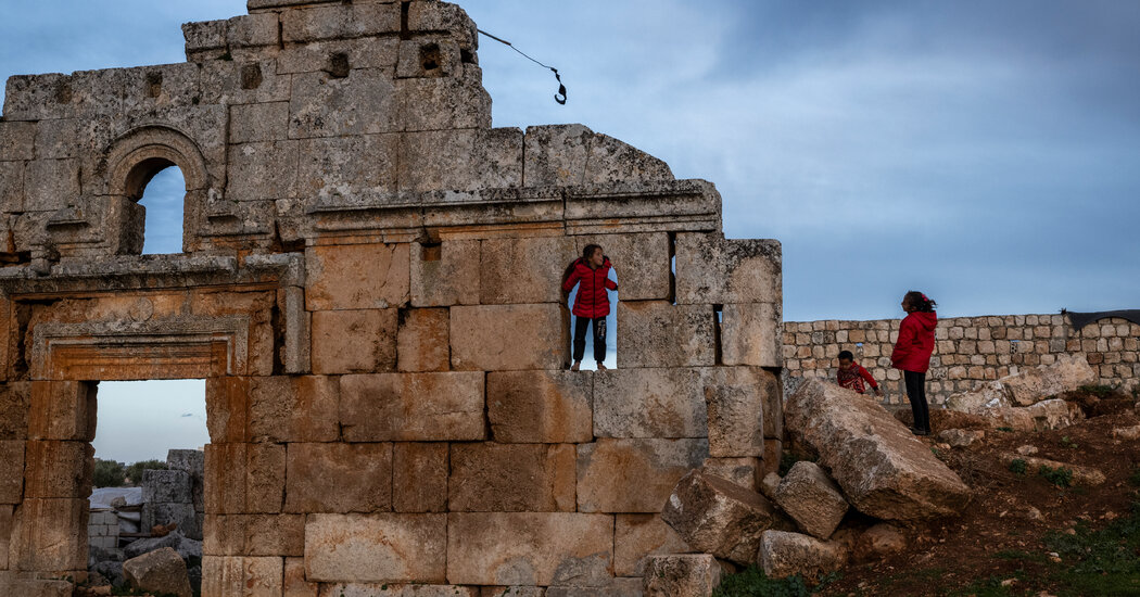 Fleeing a Modern War, Syrians Seek Refuge in Ancient Ruins