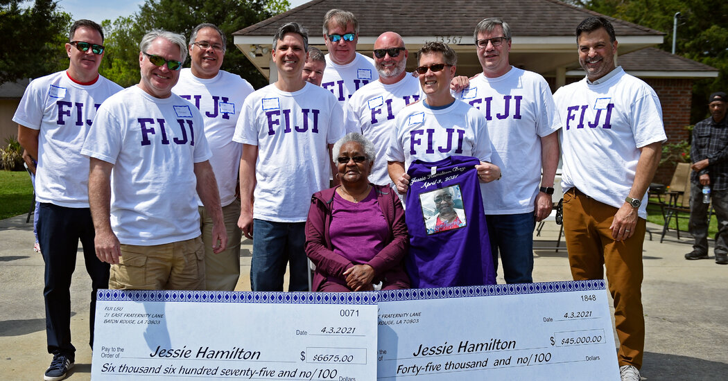 Phi Gamma Delta Members Pay Off Mortgage of Longtime House Cook