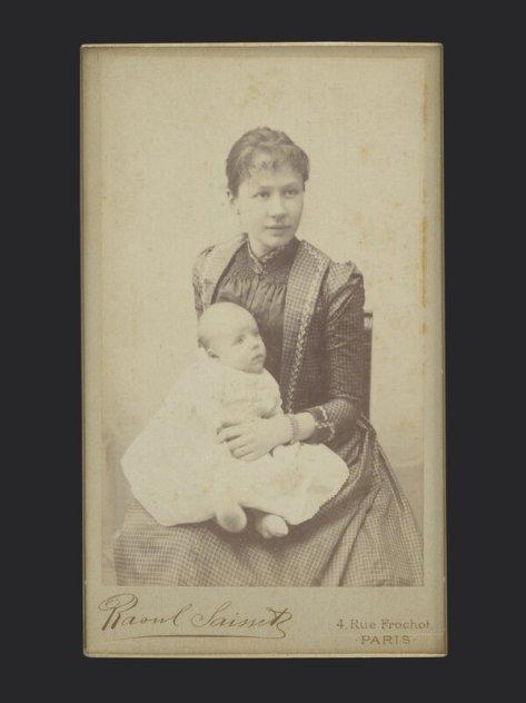 Jo van Gogh-Bonger and her son, Vincent Willem van Gogh, 1890.