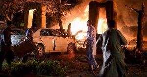 Deadly blast hits Pakistan hotel, missing China envoy
