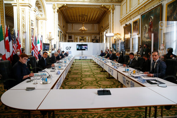 Government officials at Lancaster House in London on Wednesday. Meetings this week were intended to lay the groundwork for a gathering of Group of 7 leaders in June.