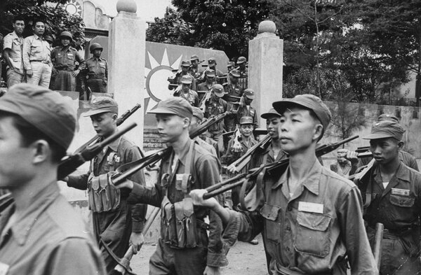 Soldiers in 1958 on Kinmen Island, also called Quemoy. According to an apparently still-classified document, American officials doubted they could defend Taiwan with only conventional weapons.