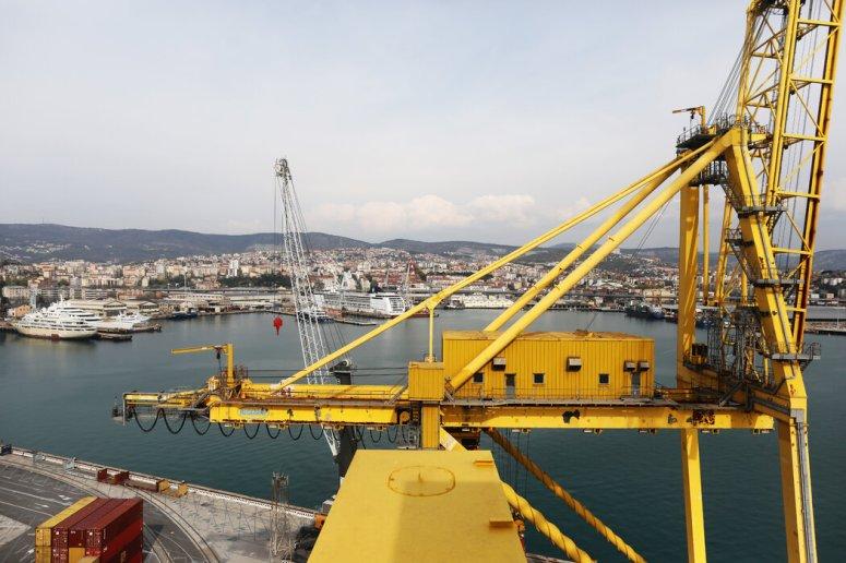 """意大利港口城市的里雅斯特可能会作为中国""""一带一路""""经济发展倡议的一部分,通过铁路与中国连接起来。"""