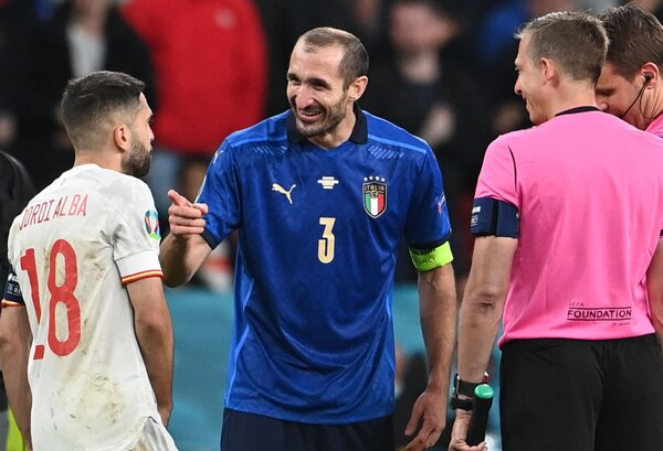 Giorgio Chiellini offers the best of Italy: smiles, laughter and an uncompromising devotion to defense.