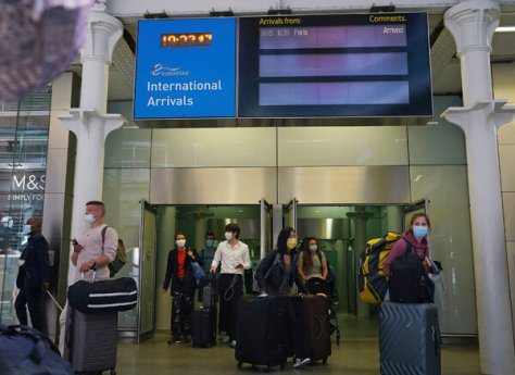 The St. Pancras railway station in London on Sunday. Unlike other European nations on Britain's medium-risk amber list, travelers arriving in England from France must continue to quarantine upon arrival.