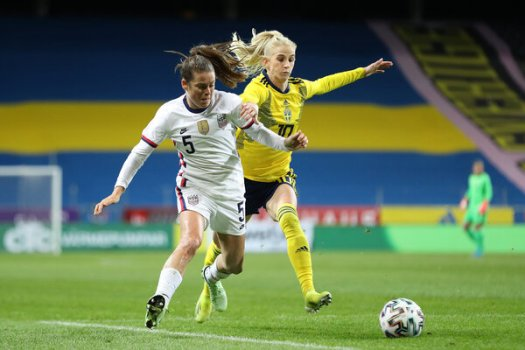 Sofia Jakobsson of Sweden tackled Kelley O'Hara of the United States in Sweden's game against the US in April.