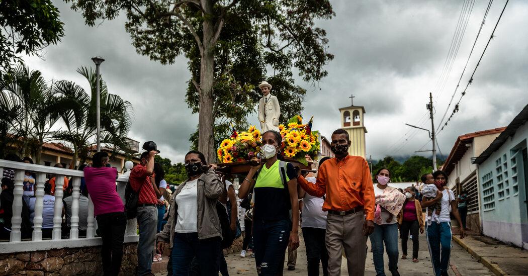Even the Pope Has Prayed to Venezuela's Beloved 'Doctor of the Poor'