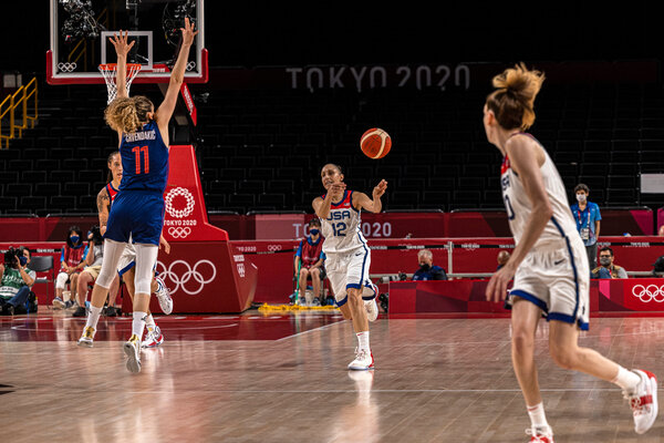 Diana Taurasi passes the ball during the U.S. game against Serbia.