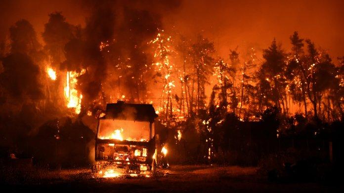 https://i2.wp.com/static01.nyt.com/images/2021/08/08/world/08greece-fires/08greece-fires-videoSixteenByNine3000.jpg?resize=696%2C392&ssl=1