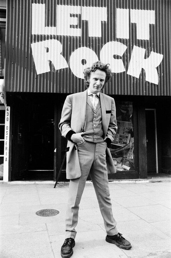 Malcolm McLaren outside his Let It Rock shop in London in l972.