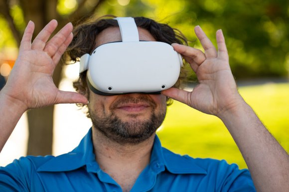 One Man's Endless Hunt for a Dopamine Rush in Virtual Reality