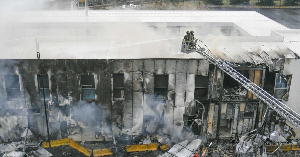 Small plane crashes near Milan, everyone on board killed