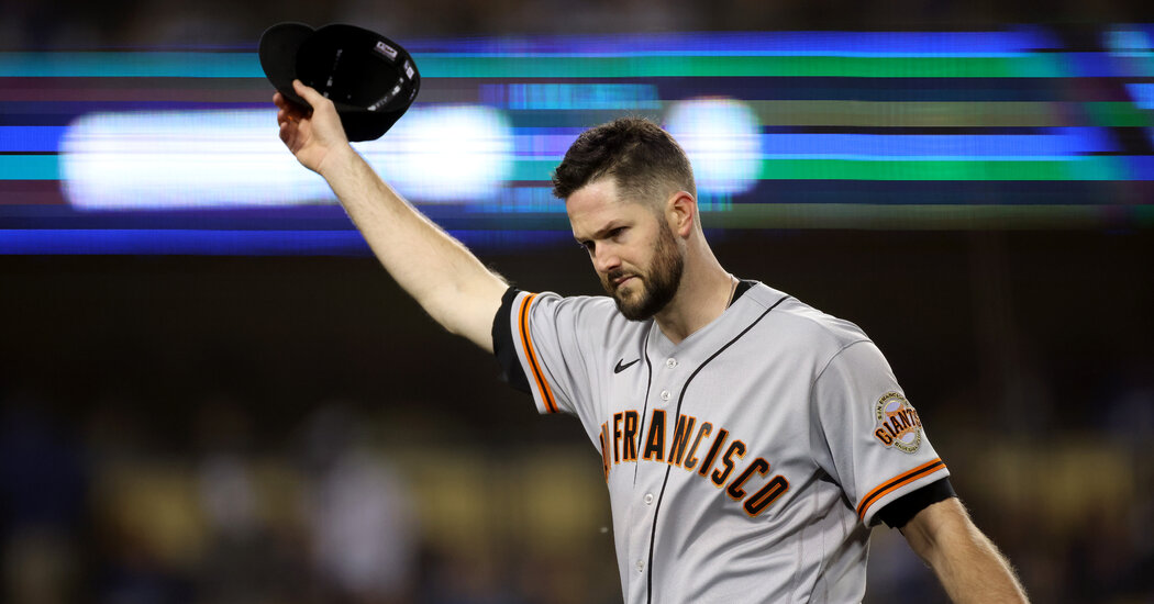 , NLDS: Alex Wood Leads Giants Past Dodgers in Game 3, The Habari News New York
