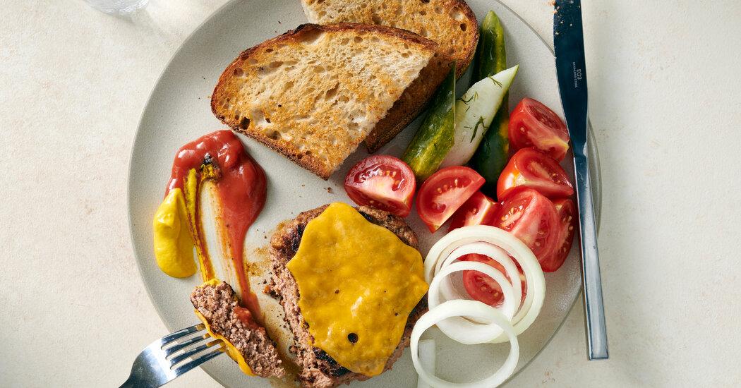 , Hamburger Steak Plate: A Vintage Dish With Modern Appeal, The Habari News New York