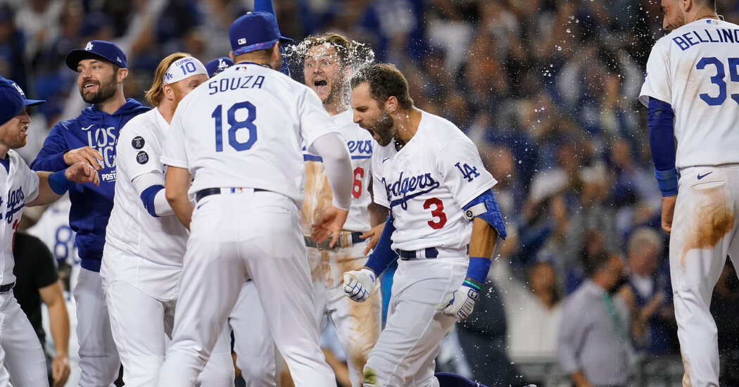 The Dodgers will face the rival Giants in the Division Series