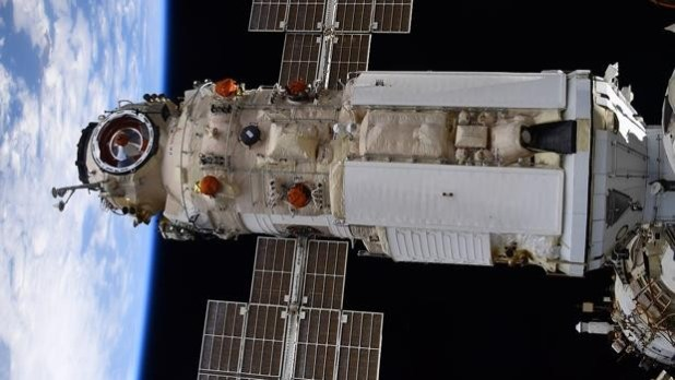 El módulo Nauka tras acoplarse a la ISS