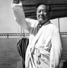 Mao Tse-Tung, en una imagen de 1966
