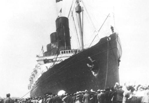 RMS Lusitania arriving in New York Harbor.