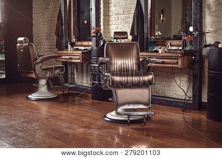 barbershop armchair modern hairdresser