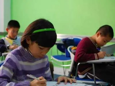 Girls perform worse on tests when they have to check off M or F before taking it.