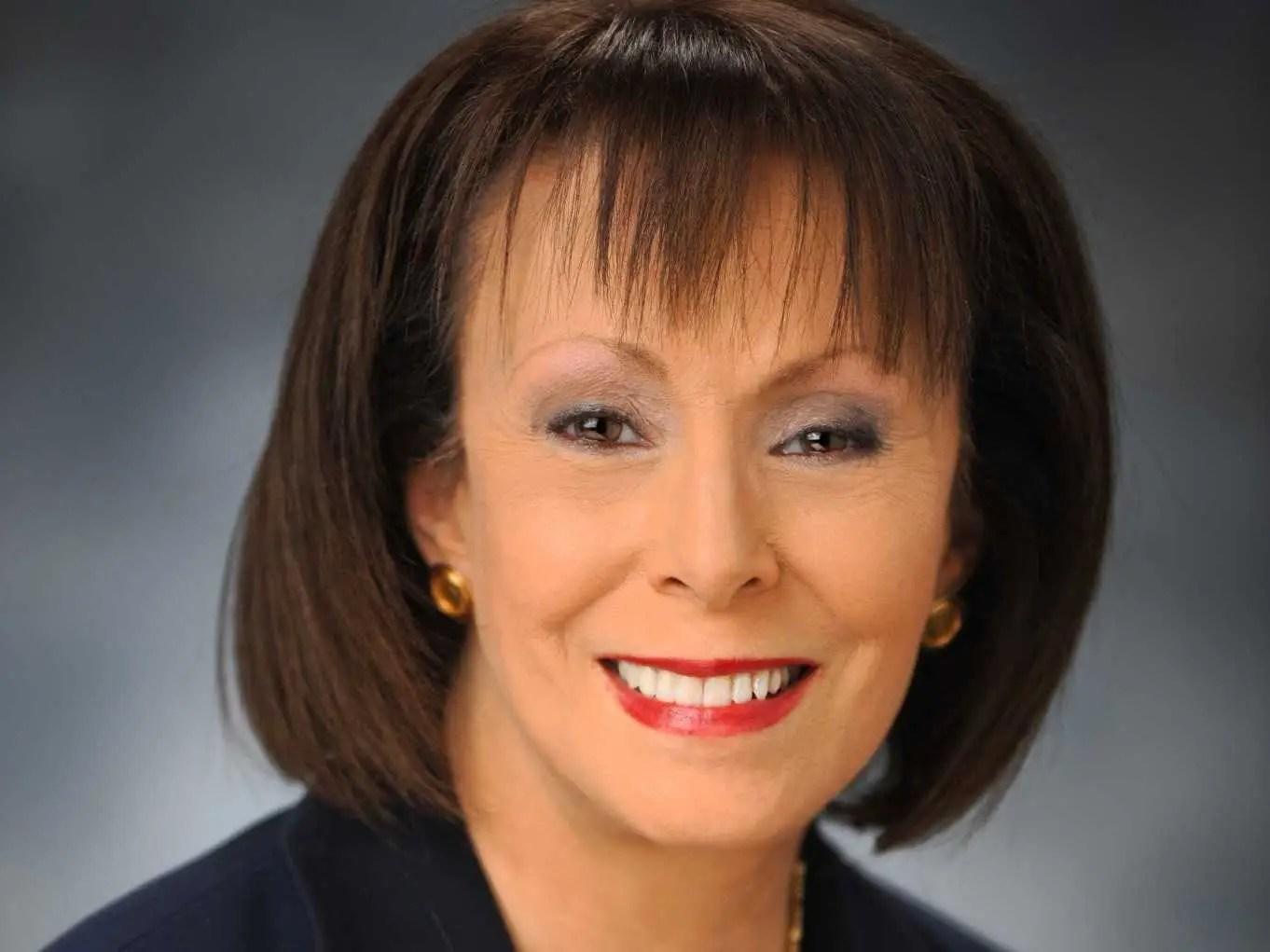 PENNSYLVANIA: Regina Broudy, President Clayton Kendall