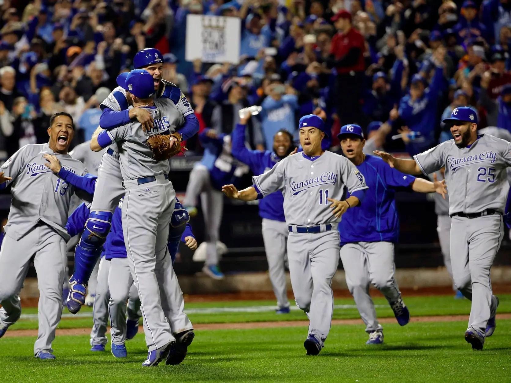 Win Royals Series World