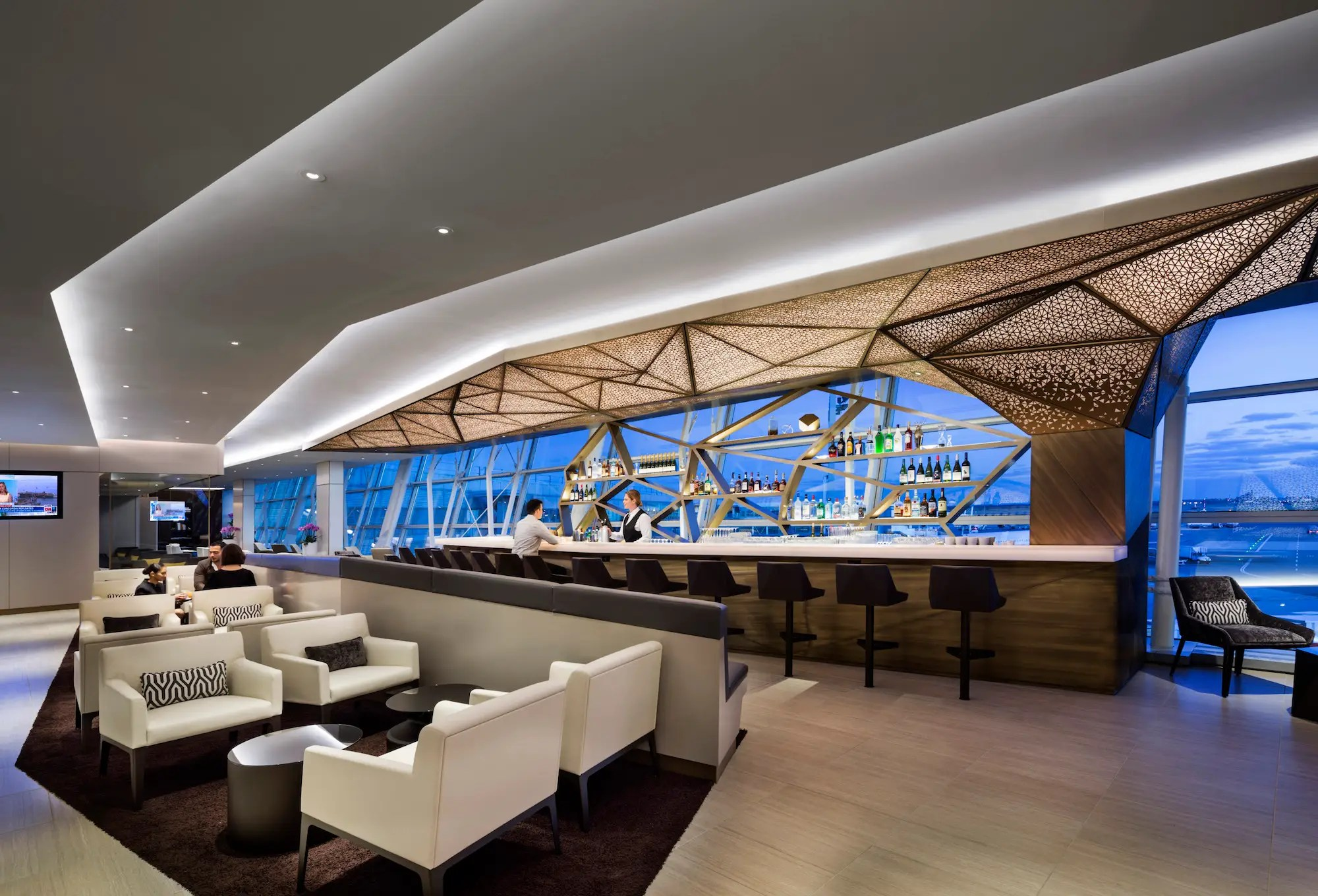 The lounge was designed by Chicago-based architects Gensler.