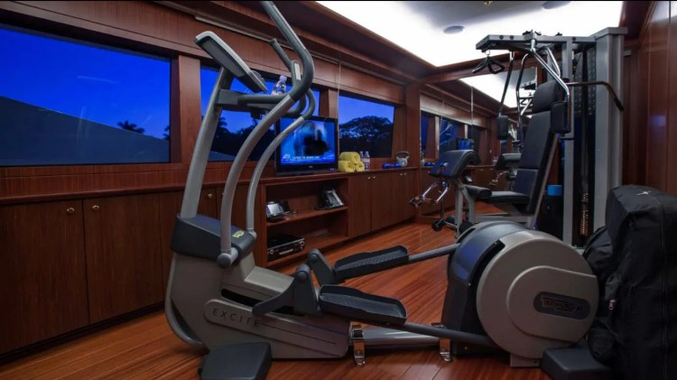 The yacht also comes with a fully outfitted gym.