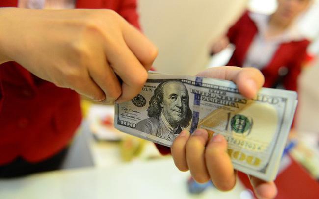 USD lập đỉnh mới
