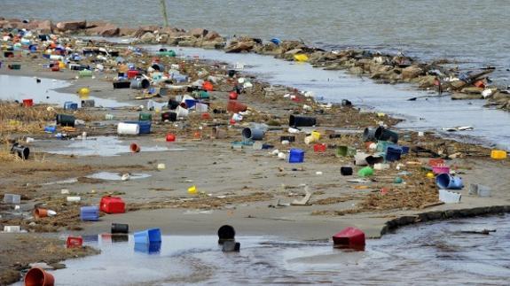 Resultado de imagen de europa prohibira el uso de objetos de plastico para el 2020