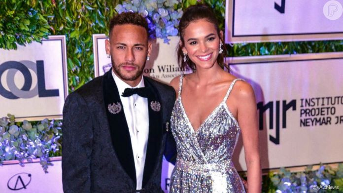 Neymar fala de Bruna Marquezine no jogo 'Pego, Penso ou Passo': 'Essa não tem P na resposta pra ela. Já amei e já foi'