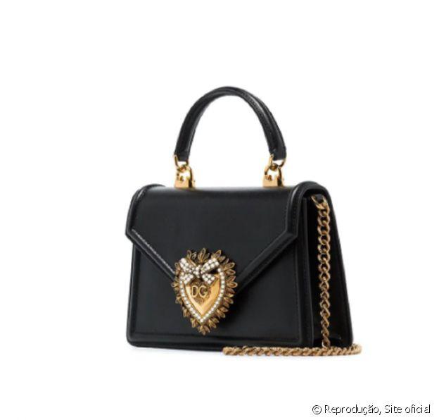 Bolsa usada por Maria Lina Deggan custa R$ 8.500 no site da multimarcas Farfecth