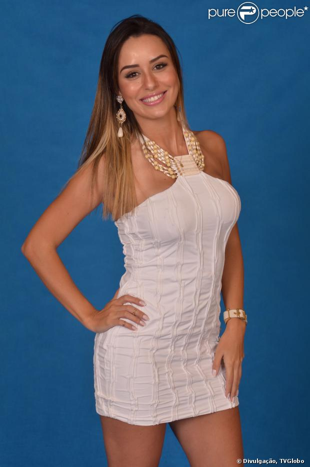 'BBB 14': Leticia, de 27 anos, é advogada nascida em Diamantina, Minas Gerais