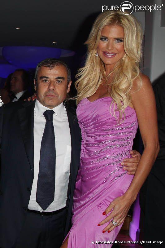 Victoria Silvstedt et son compagnon Maurice Dabbah à la soirée De Grisogono, à l'Eden Roc d'Antibes le 23 mai 2012.