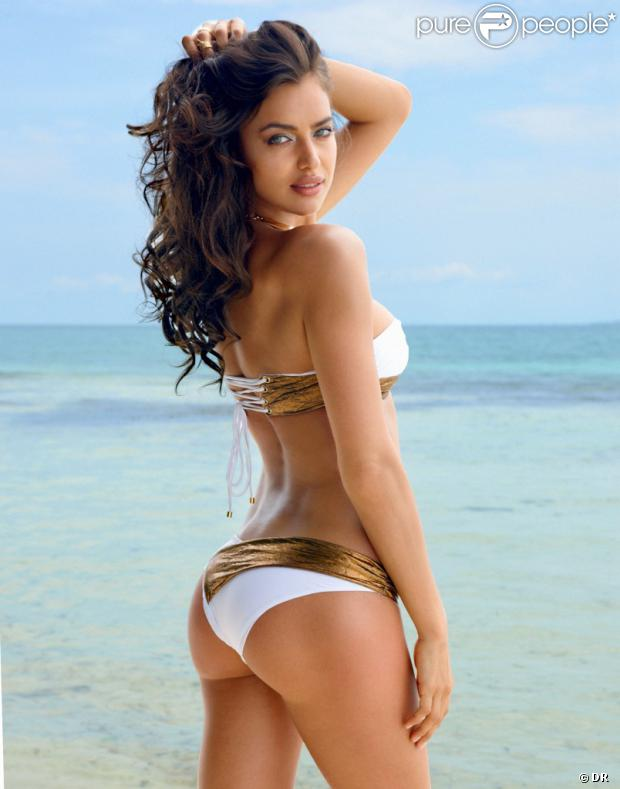 Irina Shayk, divine en bikini Irina Shayk for Beach Bunny, nom de sa collection capsule pour Beach Bunny.