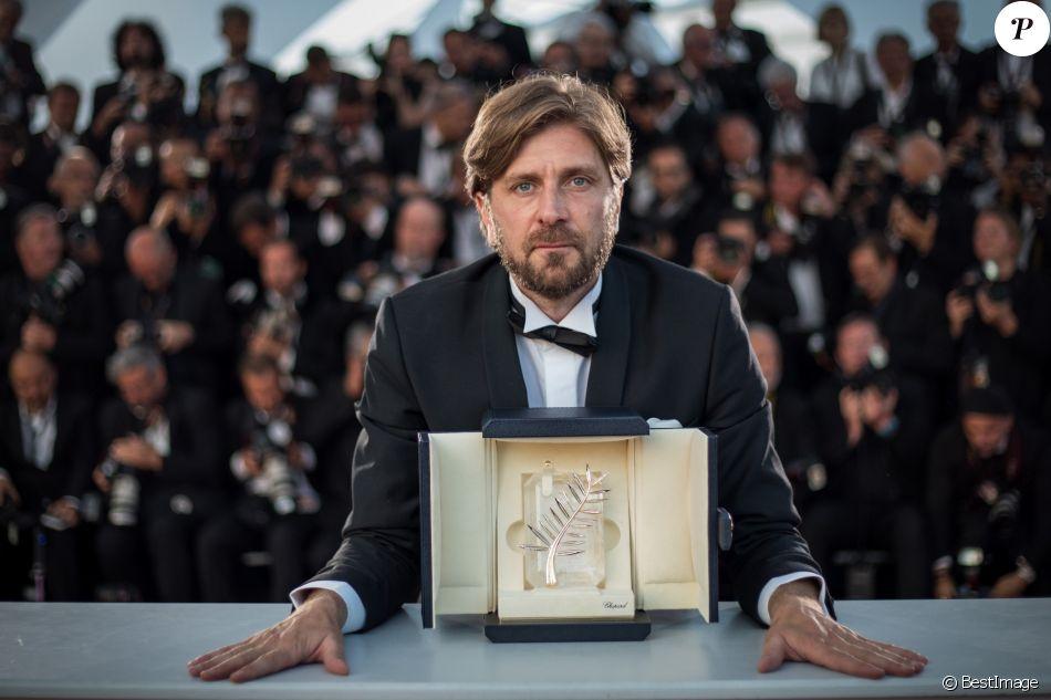 Ruben Ostlund Palme DOr Pour Le Film The Square