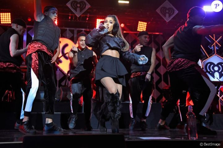 "Ariana Grande - Show - Evening ""Z100 's Jingle Ball 2016"" at Madison Square Garden in New York, on December 9, 2016."