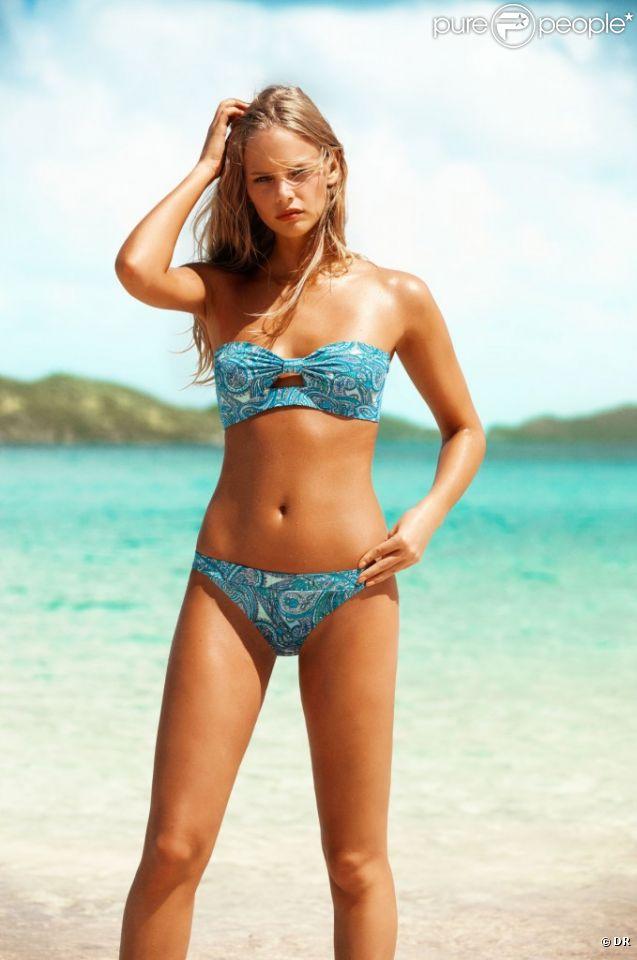 Marloes Horst sexy en bikini ethnique pour H&M.