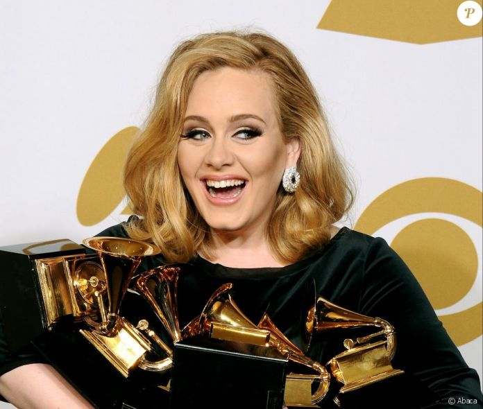 Adele aux Grammy Awards, le 12 février 2012 à Los Angeles.